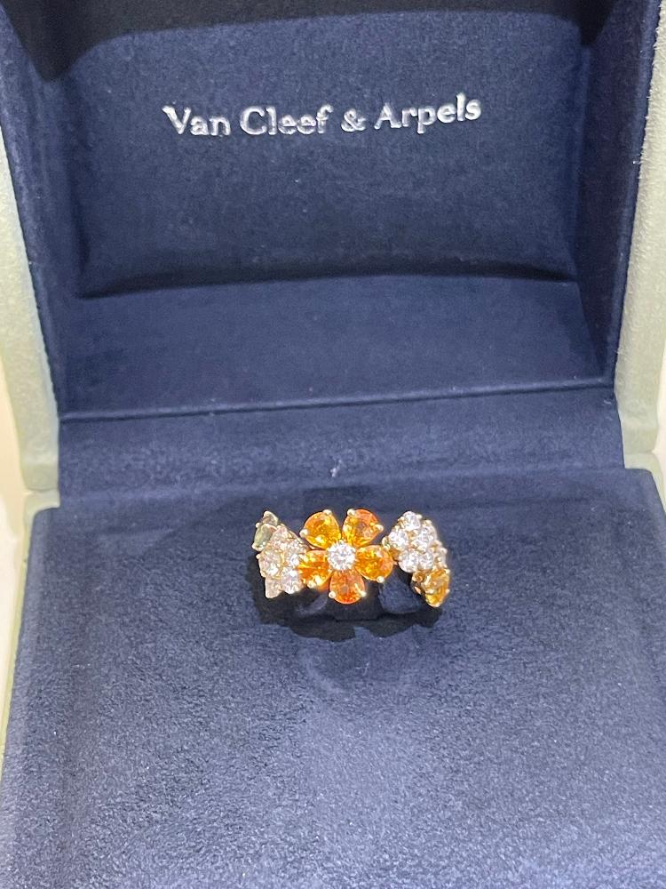 Кольцо Van Cleef & Arpels . FOLIE DES PRES VRС98355