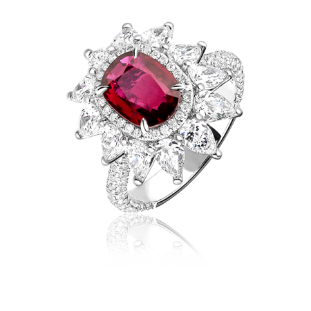 Кольцо с рубином 2.00ct  и бриллиантами.