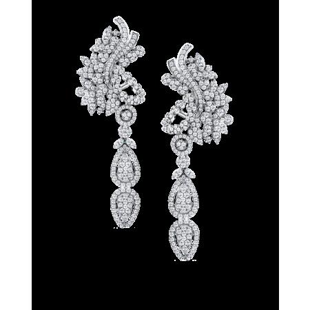 Серьги с бриллиантами классической огранки.