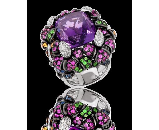 Кольцо с природным аметистом.