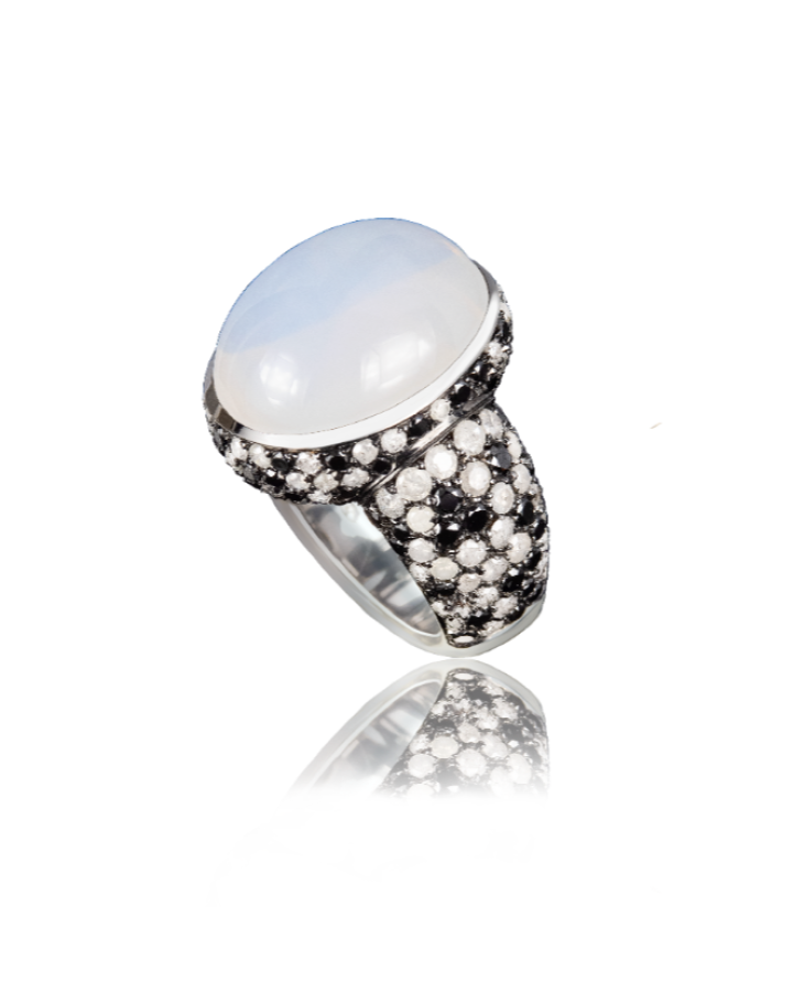 Кольцо Paolo Piovan  с лунным камнем.