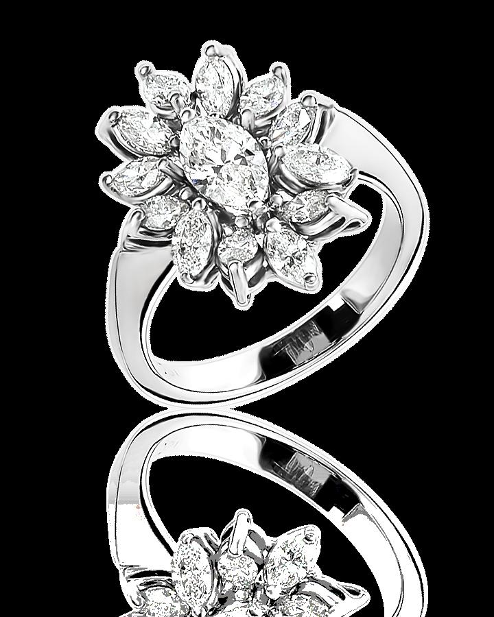 Кольцо с бриллиантами огранки Маркиз